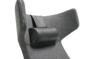 Fotel biurowy obrotowy UMM UM103 - ZS zagłówek