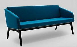 Sofa FIN 3 z podłokietnikami - drewno